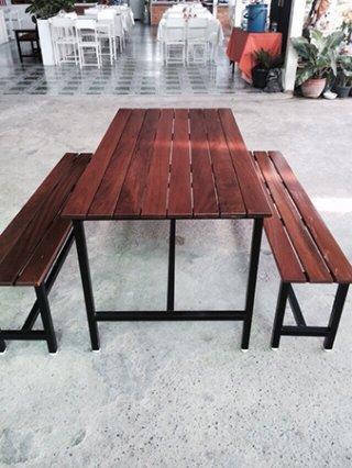 โต๊ะอาหาร 1.5 x 1.5 นิ้ว ไม้เต็ง