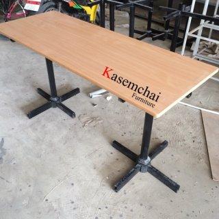 โต๊ะคาเฟ่ขาเหล็กคู่