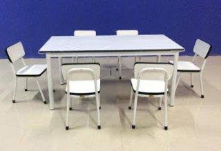 โต๊ะนักเรียนอนุบาล พร้อมเก้าอี้นั่งเดี่ยว