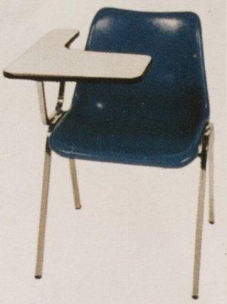 เก้าอี้โพลีเลคเชอร์ ขาสแตนเลส