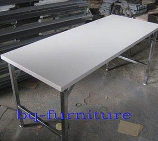 โต๊ะพับอเนกประสงค์หน้าเหล็กสีขาว