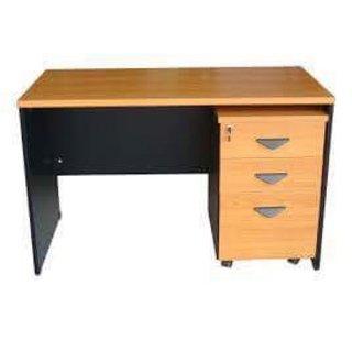 โต๊ะทำงานโล่ง รุ่น S001