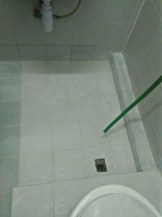 รับซ่อมห้องน้ำรั่วซึม ชลบุรี