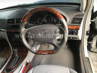 ลายไม้ Mercedes-Benz W211