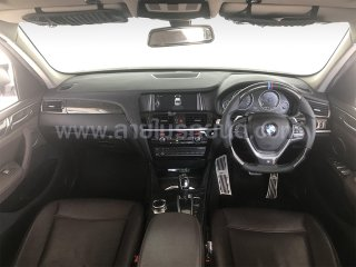 KEALAR พวงมาลัยและภายใน BMW X3