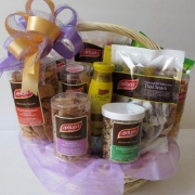 Rice cracker basket gift medium size, Thailand Rice Snacks