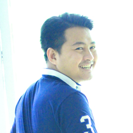 Mr. Srisakkarin Suradanai, Web Designer